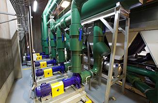 Instalacjach wody lodowej